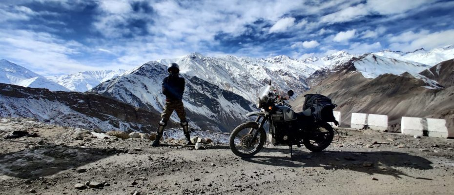 Best Bikes for Leh Ladakh - RE Himalayan